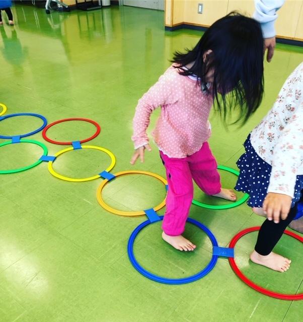 体を使う遊びは工夫して。遊びながら、ルールを覚えていく年齢でもあります
