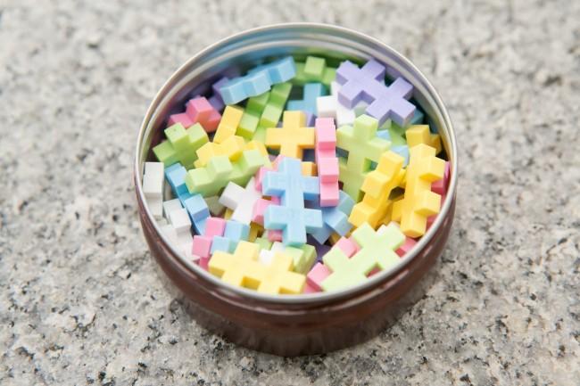 おねえちゃんたちのお気に入りは、プラザで購入したミニブロック!