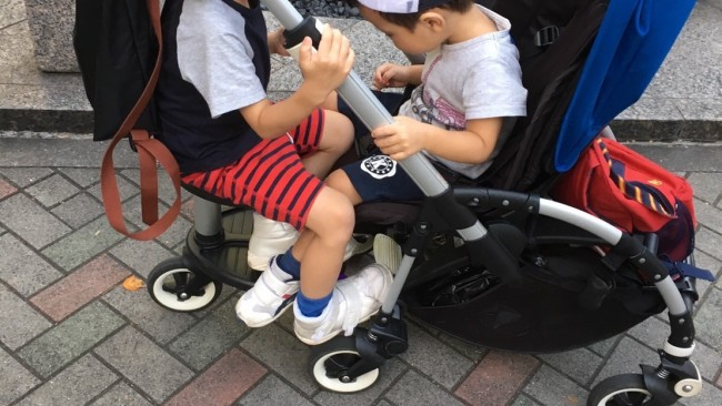 《5歳、3歳、0歳…3人育児の兄夫婦に聞きました》兄弟が増える度に買い替え&買い足し、おすすめのベビーカー&だっこ紐は!?