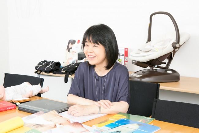 やさしい河崎さんの笑顔から、赤ちゃんのためのものづくりに対する熱い想いが溢れてきます