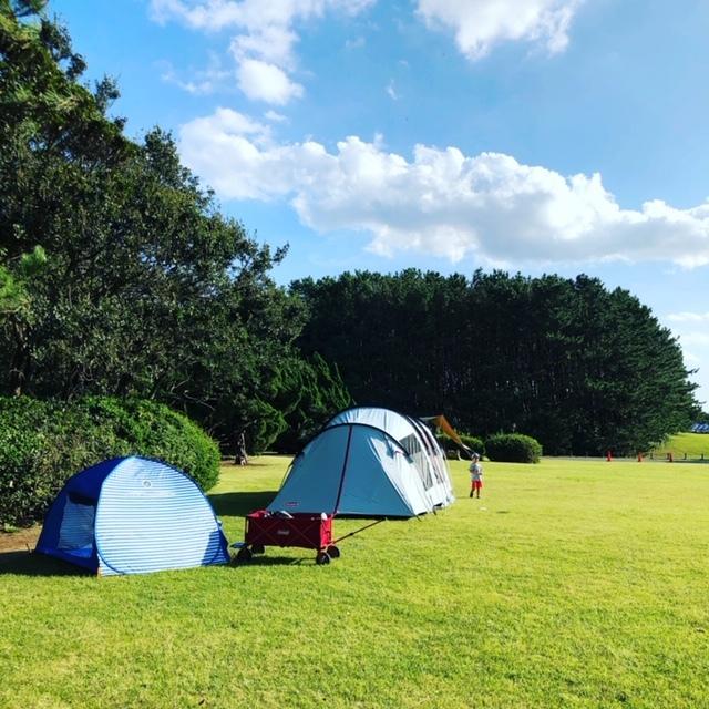 秋は絶好のキャンプシーズン。自然のなか、家族でのんびり過ごしましょう♪