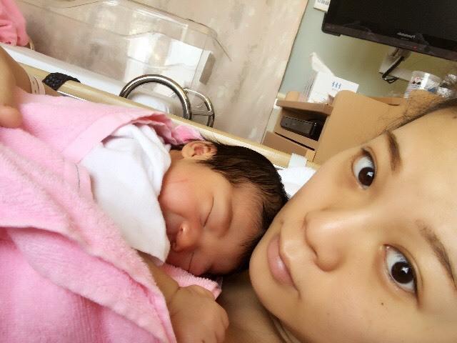新生児ってなんともいえない究極の可愛さ…! 写真を見返すと、この時にタイムスリップしたくなります