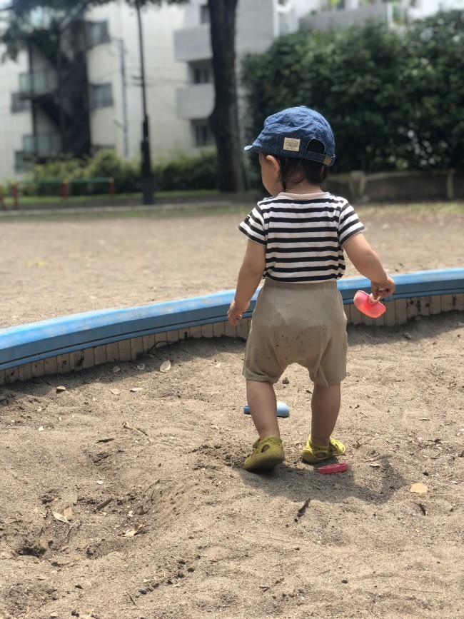 一緒に遊べる時期なんて、ほんの一瞬。お砂場遊びは大人も夢中になります