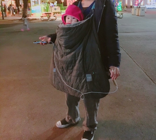 くるりと包み込む、防寒カバー。赤ちゃんのための冬用アウター!