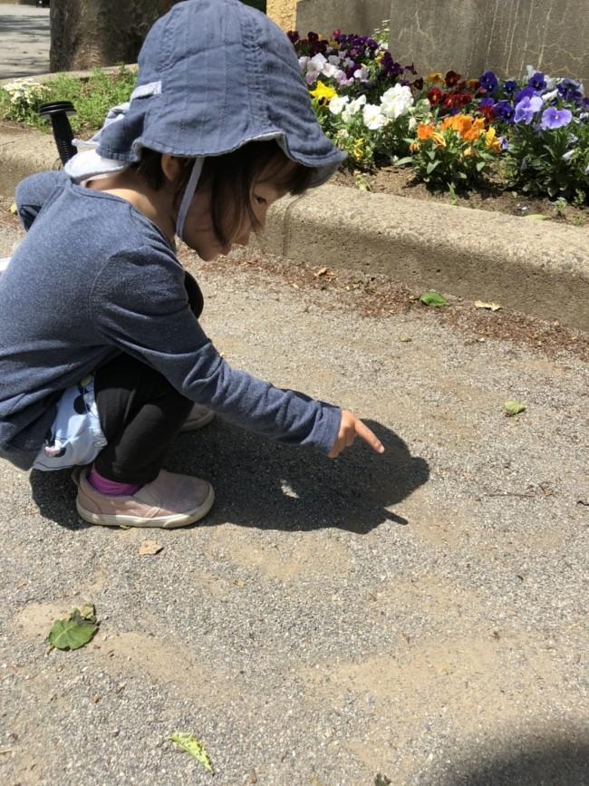 日差しが強くない日でも、紫外線対策はしっかり。長時間のお外遊びはかならず帽子を忘れずに!