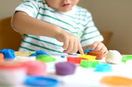 ベビーへのプレゼントでなくても、6歳未満の子がいる家庭では表示をチェックして!