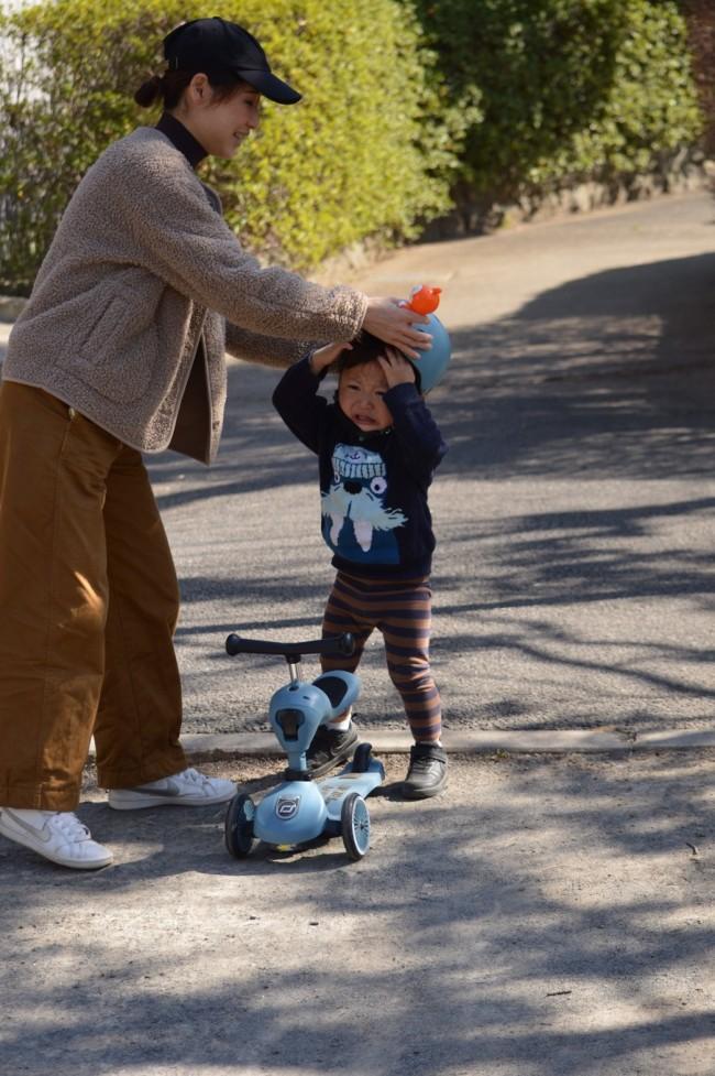 ヘルメットも初めてだった息子。最初は嫌がりました