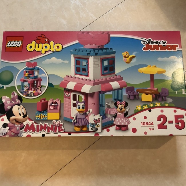 ディズニーシリーズなどもあり、ブロックを増やしていく楽しみもあります