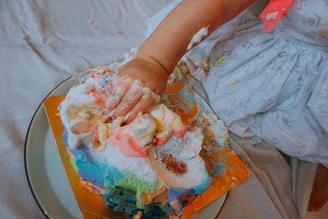 1歳ならではの手づかみ食べができるスマッシュケーキ、おすすめ♡