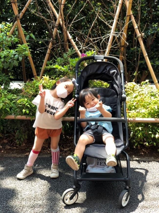 1歳の大きめ長男が乗ってもひろ〜く、
