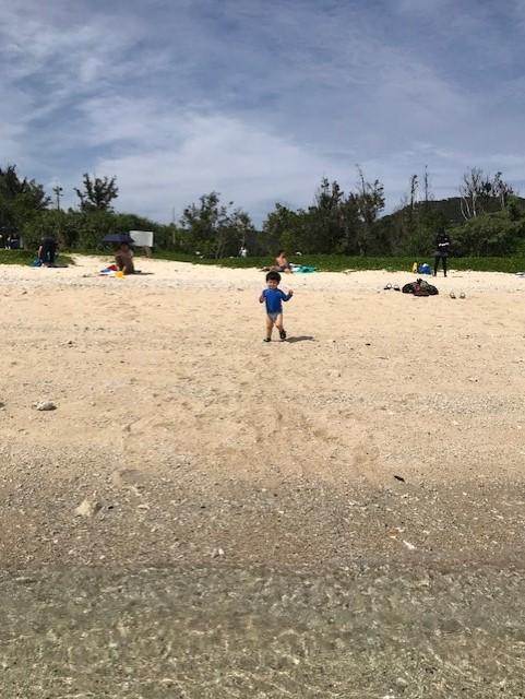 離島ビーチへの移動や、買い物&グルメのおすすめ教えます♡