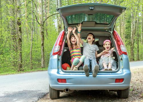 家族での夏の旅行は、とっておきの思い出に! ママもこどもものびのび泊まれるところへ行きたいですね