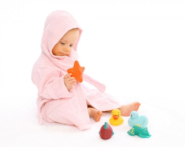 子供用のバスローブも、ママ用のバスローブもおすすめ。まずはかわいいアイテムでバスタイムを盛り上げましょう!