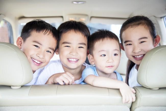 我が家は3人兄弟。渋滞が必至の年末年始は、車での移動もいろいろ工夫が必要です!