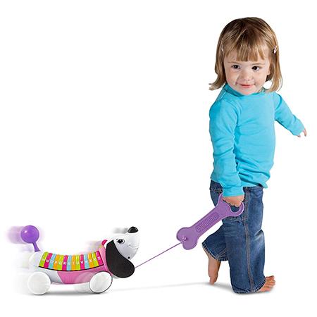 お散歩や動物、お歌に興味が出てきた年齢の子どもたちに大ウケ!