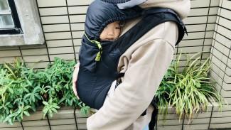 《冬こそボバAir!》コートの季節にぴったりの、コンパクト抱っこひも大活躍中♪