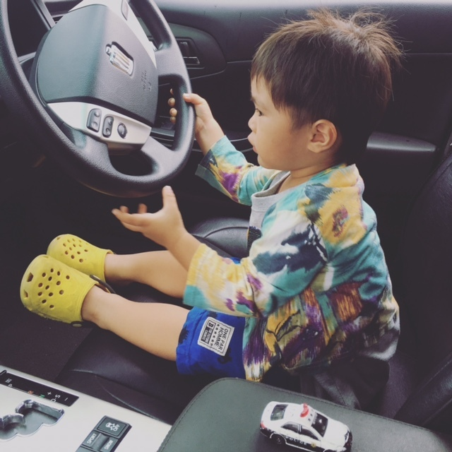 車でのおでかけが大好きな息子。休日はいろいろなところへおでかけしています♪