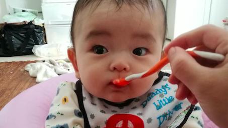 《生後6ヶ月、離乳食スタート♪》好きなメニューで楽しく食べよう! 素材別、食器のメリット・デメリット