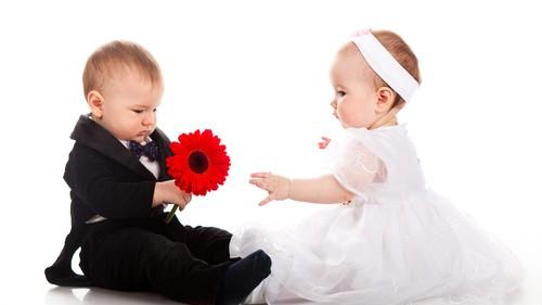 《ベビーの結婚式デビュー♡》ママの心配ごとをなくす、子連れ結婚式での6つのアドバイス