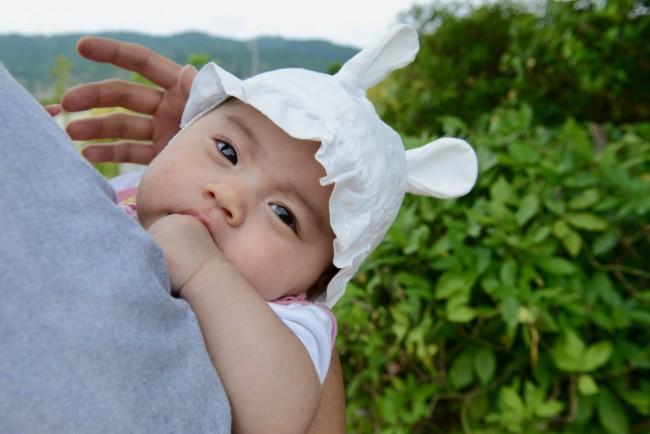 赤ちゃんのときにしかかぶれない、コットンのベビーハット。動物の耳がキュート!