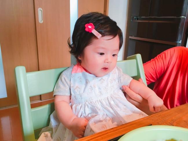 離乳食スタート期から大活躍のお食事エプロン。とっても可愛くて、お食い初めのときもたくさん写真におさめました