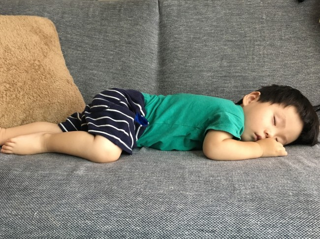 子どものお昼寝時間は、ママにとってもホッと一息のブレイクタイム