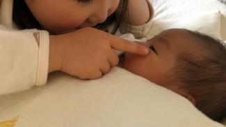 《2人目の妊娠いろいろ》上の子に、ママの妊娠・出産をどう伝える? 赤ちゃん返りへのフォローは?