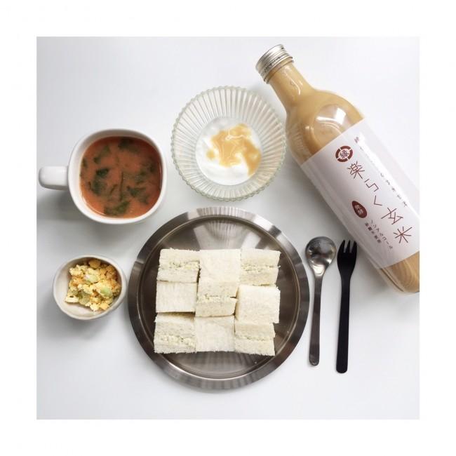 メニュー例:甘酒入りヨーグルト・鶏ムネ肉のパテサンドイッチ・野菜スープ・枝豆と卵のサラダ