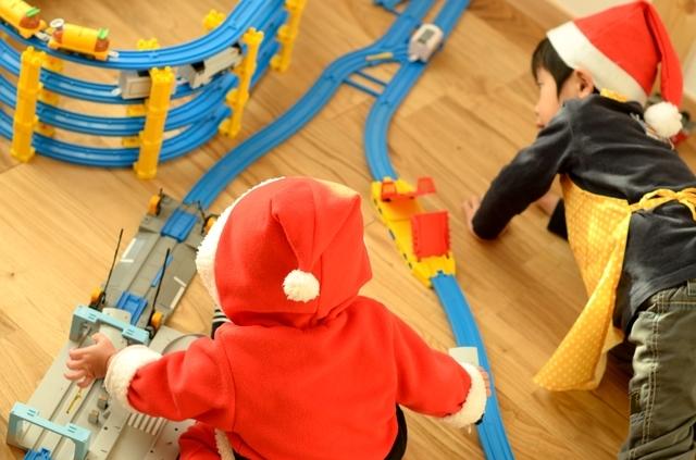 三人兄弟、全員にめいっぱい遊ばれても壊れず、長く遊べるものを選びたいものです!