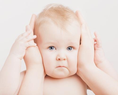 なかなかじっくりさせてくれない子が多いですよね。耳そうじのポイントって?
