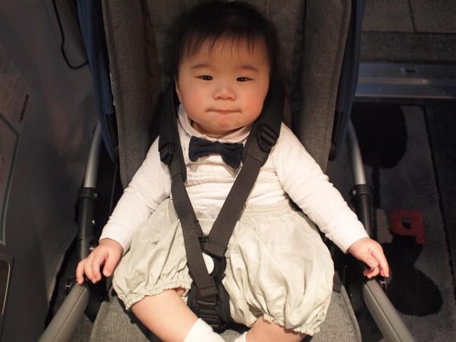 逢秋くん(6ヶ月)。ベビーカーに乗っている時間が大好き、という子も多いよう♡