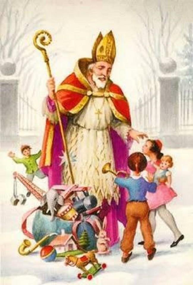 聖ニコラオスはサンタさんのモデルになった人物でもあります