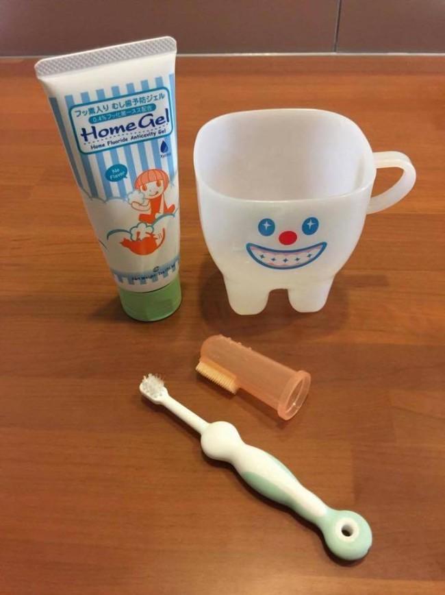 指磨きサックで、奥歯までしっかり磨いてあげましょう!