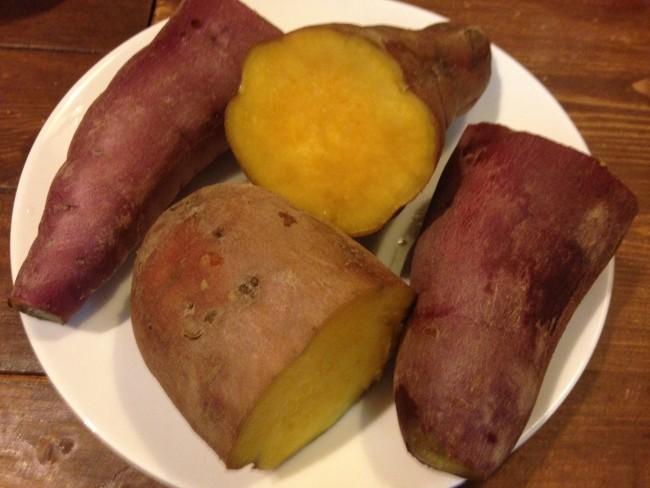 掘ったお芋は、ふかしておやつに。楽しい&美味しい思い出になりました!