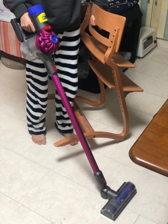 日々のお掃除のときに、サッと動かせる軽さでとっても助かります