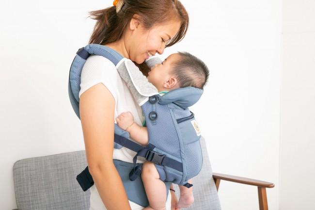 ママとぴったりくっつけるから、赤ちゃんも安心!
