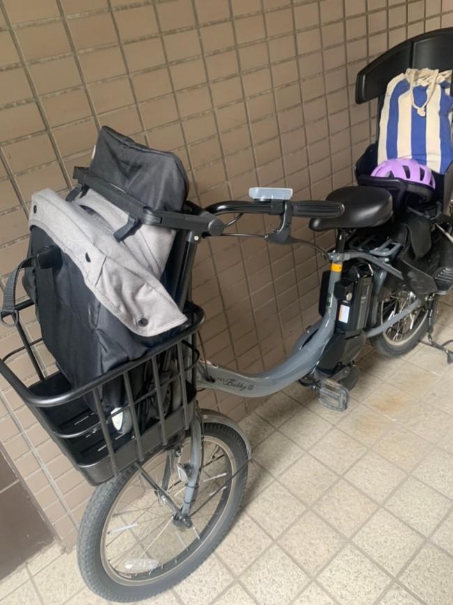 バスなどの公共機関をなるべく使わず自転車でおでかけしたいときも、リベルなら前カゴにすっぽり入ります!