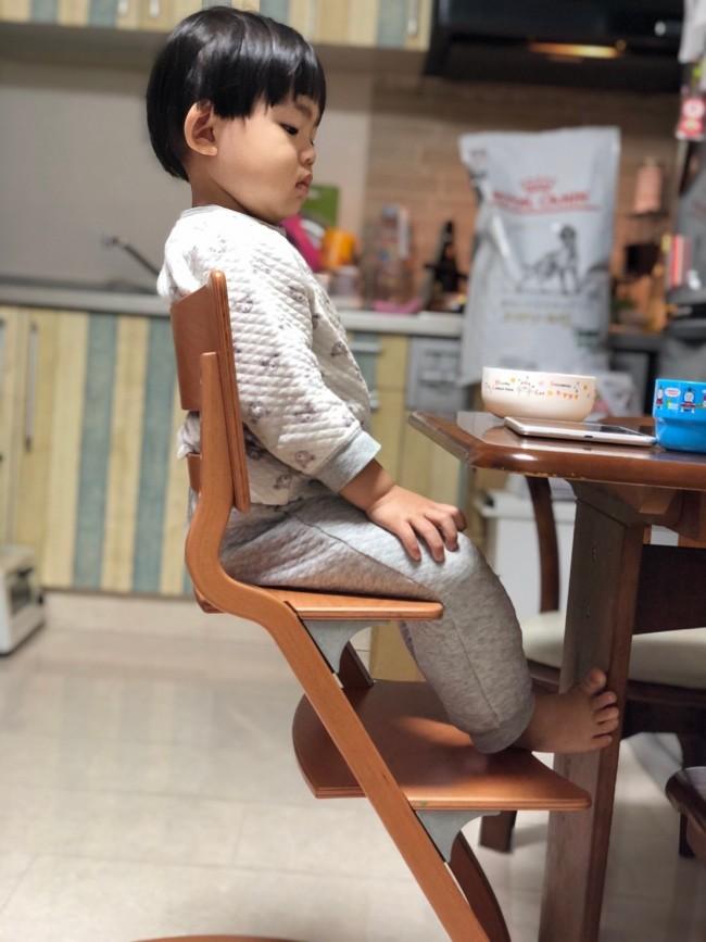 あれ?いつの間にかしっかりをお尻をつけて正しい姿勢で座れていることに感動!