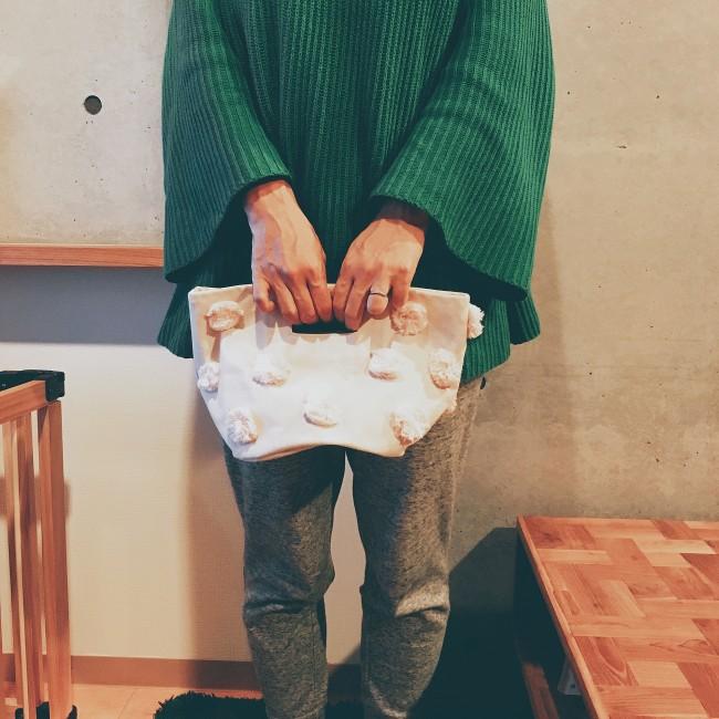 持ち手もあり、立派なバッグに変身!
