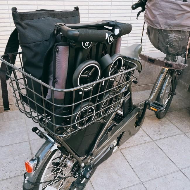 ポキットを積んでもまだ余裕があるので、自分のバッグなども入ります