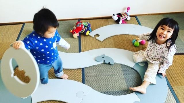 《赤ちゃん憩いのスペースに♡》切り替えて遊べる! 新感覚プレイマットを使ってみました♪