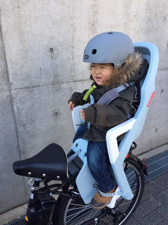 ビッグサイズの息子(リトルコミー)は、初自転車でしたが、後ろ乗せからスタートです!