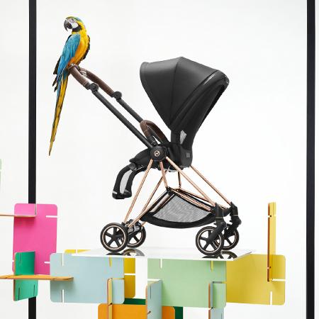 うっとりするデザイン美と機能性、ミオスはママたち憧れの一台です