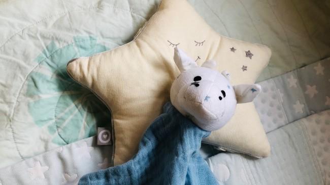 《産まれるまでに揃えておきたい☆》布団、枕、マットレス…赤ちゃんの寝具で必要なものは?
