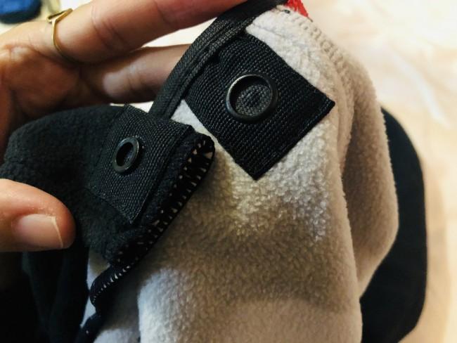 さすがビョルン! スナップボタンは、しっかりと留まりながらも極薄でストレス少ないデザインに
