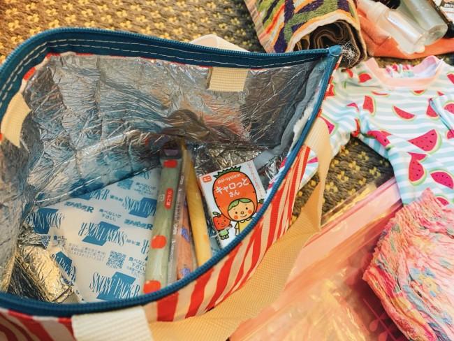 保冷バッグにゼリーとジュースを入れていって正解! テントは早速購入しようと思います