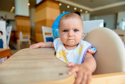 子連れ、特に赤ちゃん連れの外食は不安がいっぱい。買ってよかった&失敗したアイテムをご紹介します
