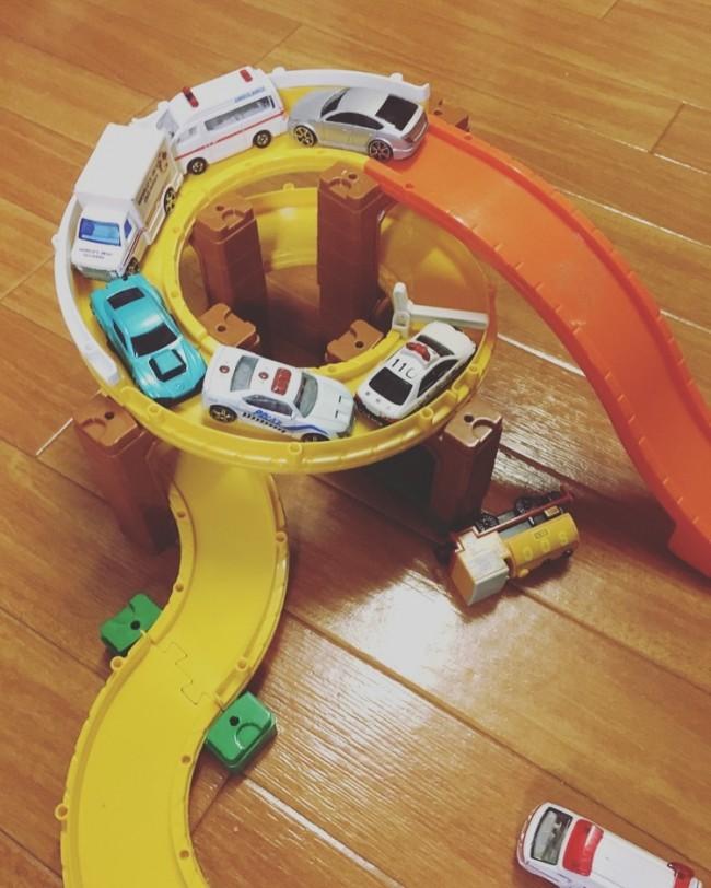 こんな感じで「渋滞」とか言って、遊んでます