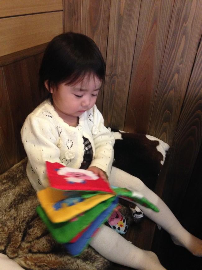 絵本の貸し出しも。娘も大満足です♡